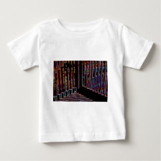 角度および2行乳児のワイシャツ ベビーTシャツ