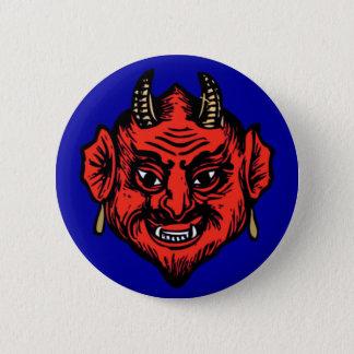 角状の赤いSatanの悪魔の顔 5.7cm 丸型バッジ