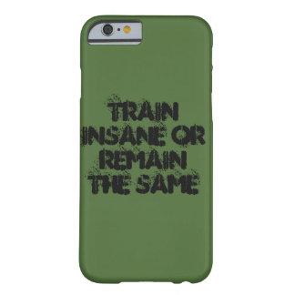 訓練しますか、または残して下さい BARELY THERE iPhone 6 ケース