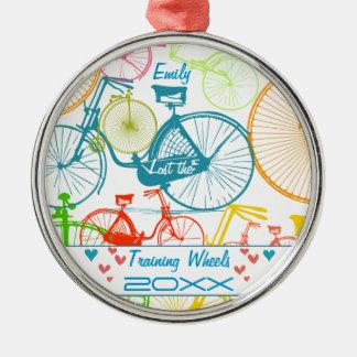 訓練車輪のバイク記念品および年を失った メタルオーナメント