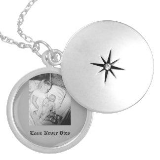 記念のカスタマイズ可能な銀によってめっきされるネックレス シルバープレートネックレス