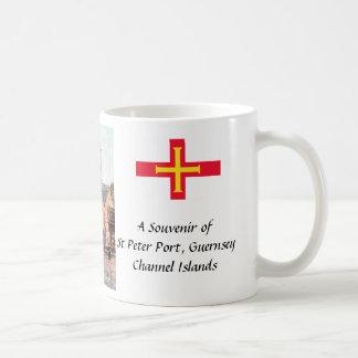 記念品のマグ-セントピーターの港、ガーンジーのチャネルはあります コーヒーマグカップ