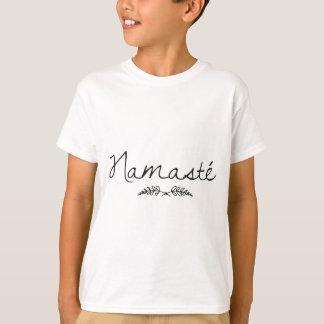 設計されていたナマステのヨガ Tシャツ