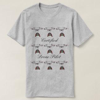 証明された無人機のパイロットのTシャツ Tシャツ