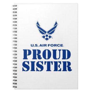誇りを持ったな家族-小さい空軍ロゴ及び名前 ノートブック
