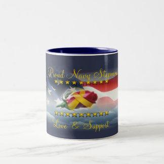 誇り高い海軍義母 ツートーンマグカップ