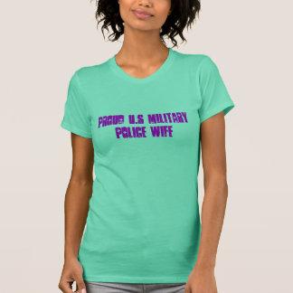 誇り高い米国の憲兵の妻 Tシャツ