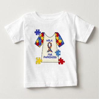 認識度のための自閉症の歩行 ベビーTシャツ