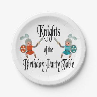 誕生会のテーブルの騎士 ペーパープレート
