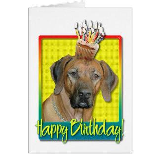 誕生日のカップケーキ- Rhodesian Ridgeback カード