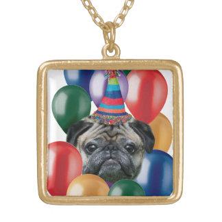 誕生日のパグのネックレス ゴールドプレートネックレス
