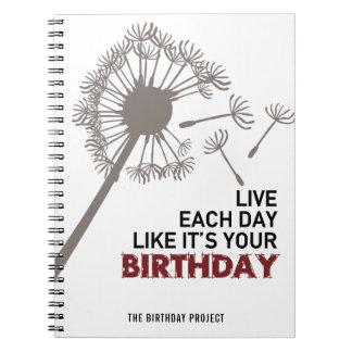 誕生日のプロジェクトの大きいタンポポの螺線形ノート ノートブック