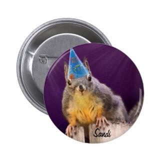 誕生日のリスの写真 5.7CM 丸型バッジ