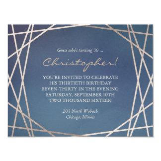 誕生日の招待状のシャンペンの暗くオパールのような金ゴールド カード