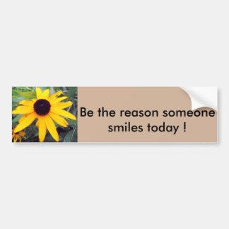 """""""誰かが""""豊富なSticke今日微笑させる理由があって下さい バンパーステッカー"""