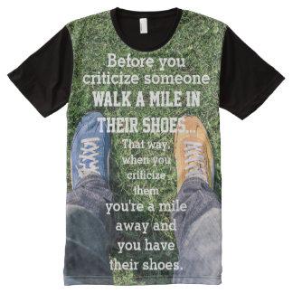 誰かを人のおもしろいなスローガン批判する前に オールオーバープリントT シャツ