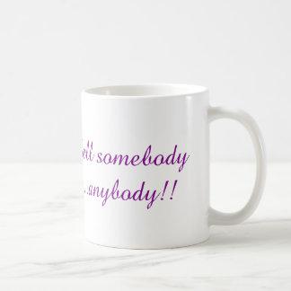 誰かを誰でも言って下さい! コーヒーマグカップ
