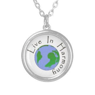 調和-惑星の地球のネックレスに住んで下さい オリジナルネックレス