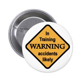 警告の事故の本当らしいTシャツおよびギフト 5.7CM 丸型バッジ