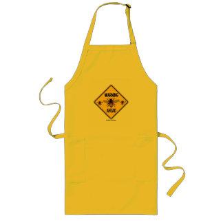 警告の蜂の前方に黄色いダイヤモンドの警告標識 ロングエプロン