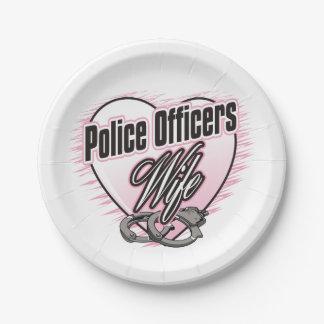 警官の妻 ペーパープレート