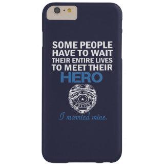 警官の妻 BARELY THERE iPhone 6 PLUS ケース