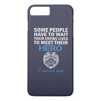 警官の妻 iPhone 8 PLUS/7 PLUSケース