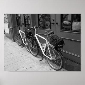 警察によってはトロントカナダB&Wの写真が自転車に乗ります ポスター