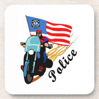 警察のバイクもしくは自転車に乗る人の警察官 コースター