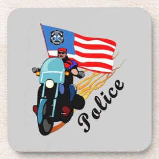 警察のバイクもしくは自転車に乗る人 コースター
