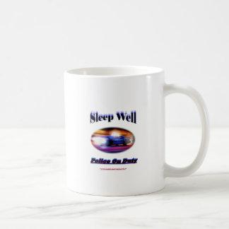 警察の勤務中の睡眠の井戸 コーヒーマグカップ