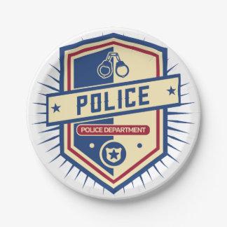 警察の頂上 ペーパープレート