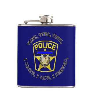 警察はDevuceに記章を付けます フラスク