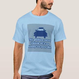警察ハハ Tシャツ