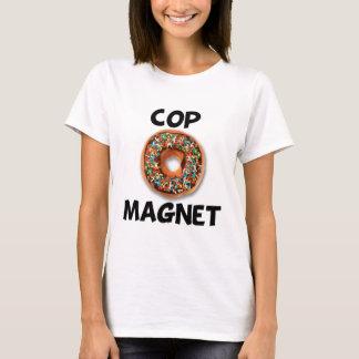 警察官の磁石 Tシャツ
