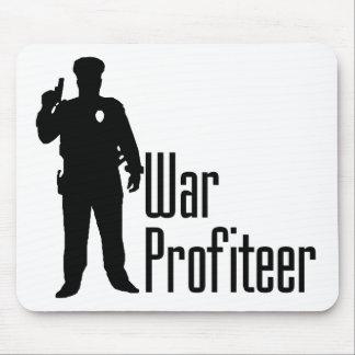 警察官は戦争の不当利益者です マウスパッド