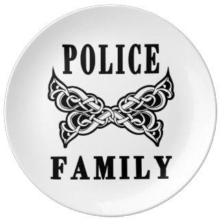 警察家族の入れ墨 磁器プレート