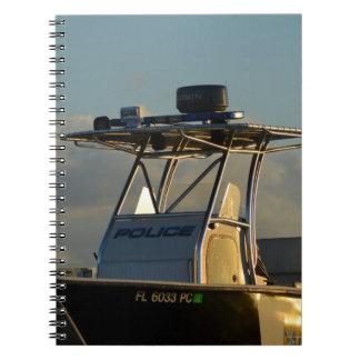 警察艇橋部分の役人のイメージ ノートブック