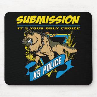 警察K9の服従 マウスパッド
