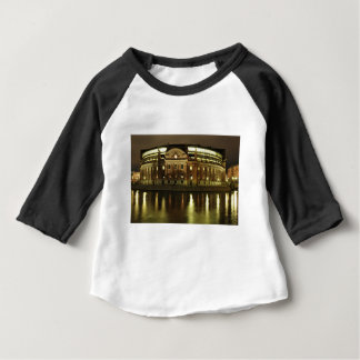 議会は(Riksdagshuset)収容しますストックホルムで ベビーTシャツ