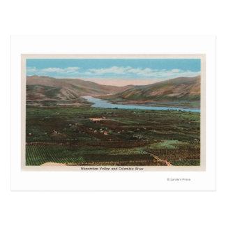 谷のWenatchee、WAView及びコロンビア川 ポストカード