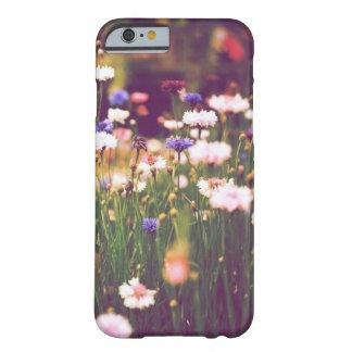 谷 BARELY THERE iPhone 6 ケース