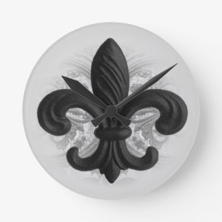 """豊富で黒い""""鉄(紋章の)フラ・ダ・リ""""の中型の柱時計 ラウンド壁時計"""