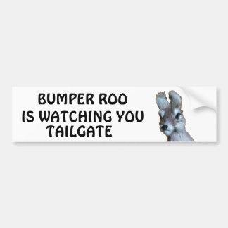 豊富なRooはテールゲート見ています バンパーステッカー
