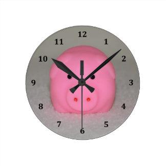 豚のようなピンクのブタ ラウンド壁時計