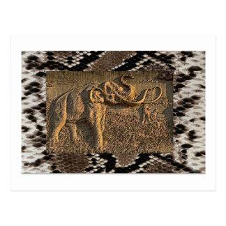象が付いているヘビの背景 ポストカード