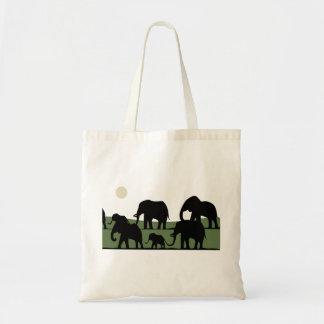 象の歩くこと トートバッグ