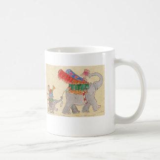 象の移動日 コーヒーマグカップ