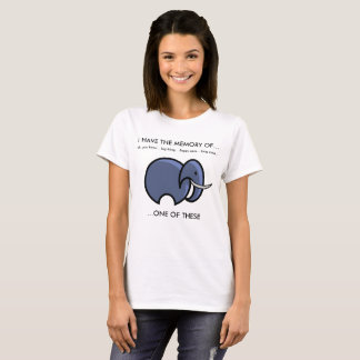 象の記憶はまたはおもしろいなTシャツを忘れます Tシャツ