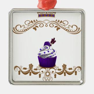 豪奢な紫色のカップケーキ メタルオーナメント